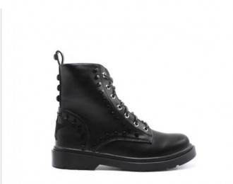 Shop-Art: Boots